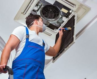 Split System Air Conditioning Cleaning Mount Major